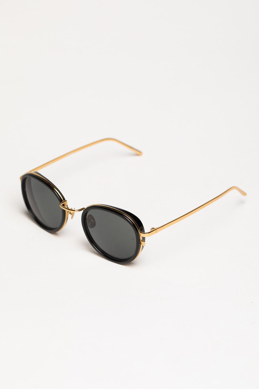 535002a02c8f Солнцезащитные очки Linda Farrow в ASTHIK.COM   Осень-Зима 2018 ...